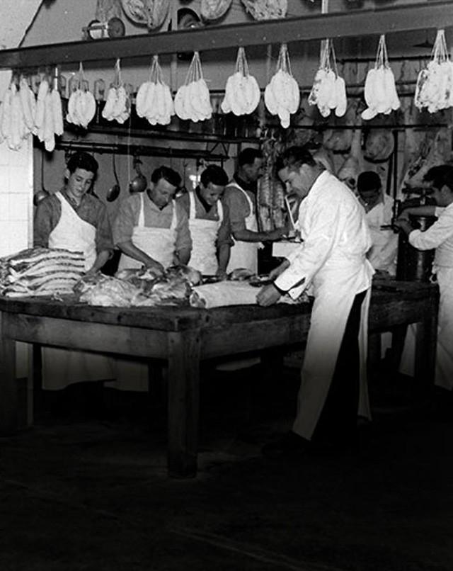 Charcutier  depuis 1946  à Bayonne